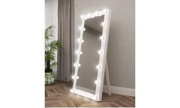 Oglinda pentru proba cu becuri pe podea Vanity 3